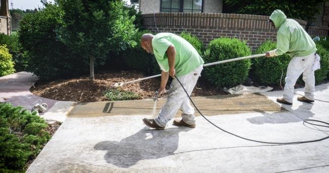 mid-stamped-concrete-resoration