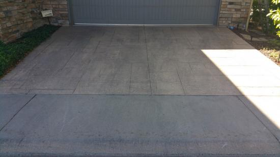 professional house painters near me driveway before