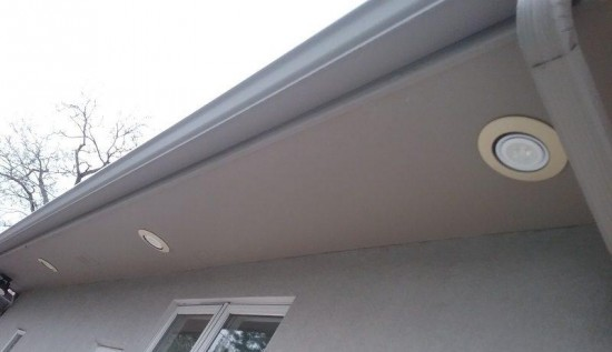residential painting company soffit before