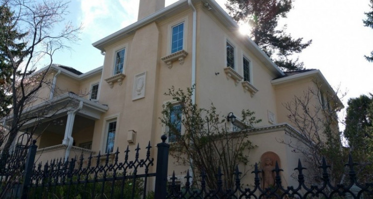 6TH AVE STUCCO & ENTRY DOOR & FENCE RESTORATION